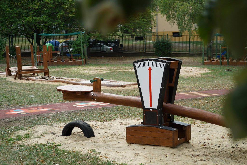 Gungbräda i robinia-Woodwork AB