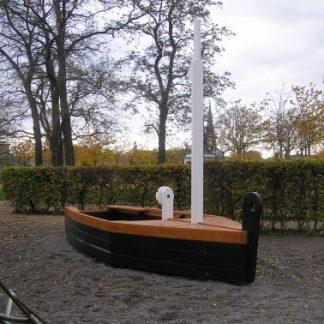 J02-061 Båtlek
