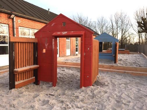 J02-092 Möbelhus från Woodwork AB