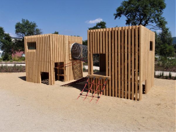 Lekstuga/aktivtetshus - Woodwork AB